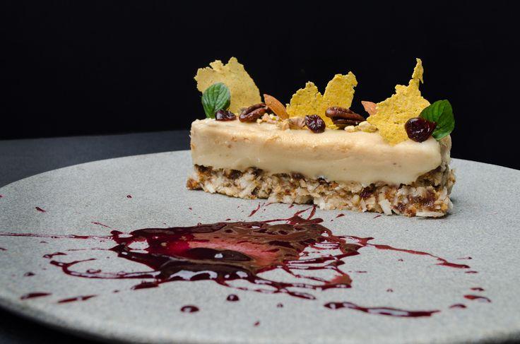 tarta de Nueces, salsa de agras  Foto: Pablo Henao