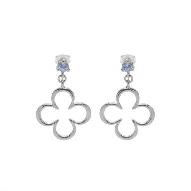 Absolutely stunning new openwork earrings - clover blue sapphire in silver! Delicate and subtle earrings would be a perfect christmas gifts! You can choose the colour of sapphire and the shape of earring. #lilou #earrings #sapphire #openwork #christmas #gift