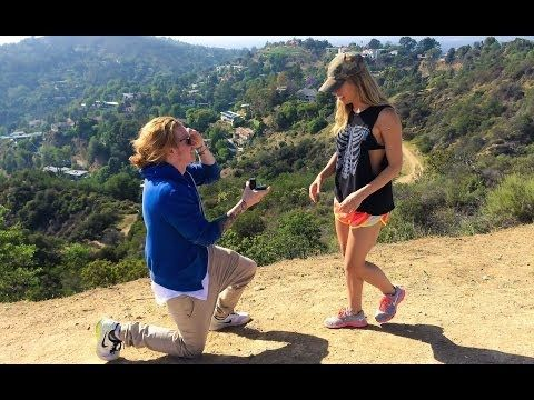 I WANT A MAN TO LOVE ME AS MUCH AS TRAVIS CLARK LOVES JENNY ROBINSON~BEST SURPRISE PROPOSAL EVER!!! Travis & Jenny