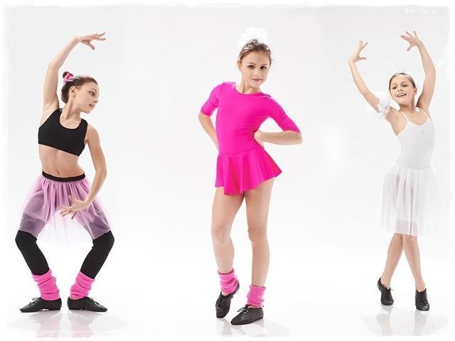 Костюмы для танцев тренировки
