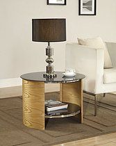 This Curve oval lamp table is an exquisite piece of furniture that will be the focal point for any modern home. This luxurious table offers a unique combination of real oak wood veneers and modern piano black glass. This stunning contemporary lamp table offers practicality along with style and an open space for storage of your everyday items. The matching coffee tables and TV Stands available to finish your set. Designed with toughened safety glass (BS6206A), with safety in…