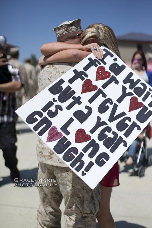 Love this homecoming sign! Will be making this when Austin comes home from Korea!