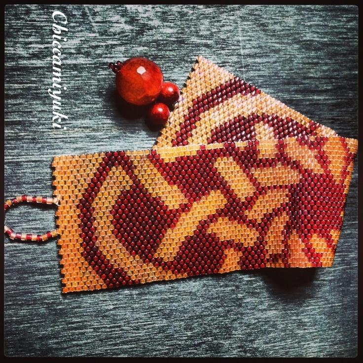 Bracciale handmade tecnica peyote colori pesca e corallo