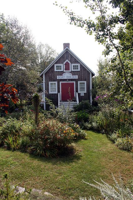 Boatbuilders Cottage in Lunenberg, Nova Scotia, Canada