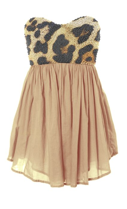 I would totally wear this...except it looks like it would be a long shirt on me...
