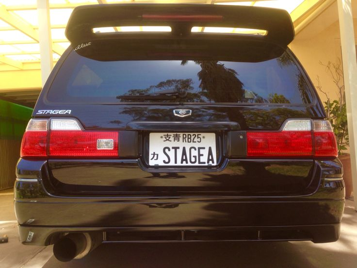 NISSAN STAGEA WGNC34 Clean & ready to polish for All Japan Day!  Thanks to Sleeka Spares for making the custom jap plates