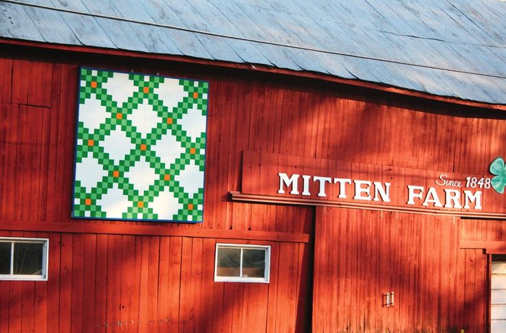 Irish Barn Quilt Patterns : 268 best images about Barns and their Quilts on Pinterest Tennessee, Barn quilt patterns and ...