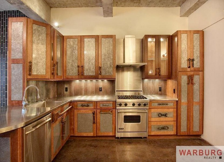 Chelsea 39 s amazing steampunk apartment loses the steampunk for Kitchen designs steampunk