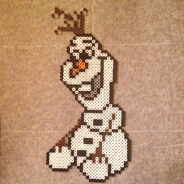 Olaf Frozen perler beads by jsminnie7