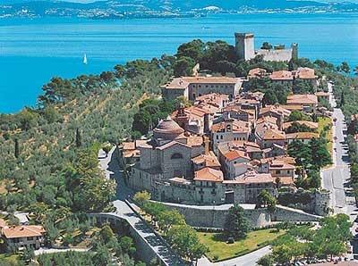 Castiglione del Lago, Italy. Lots of good wine here