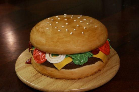 Hamburger Cake 12