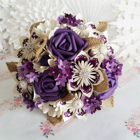 Flor del ramo de flores hermoso hessian de flores de ciruelo
