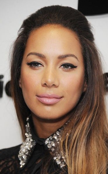 Leona Lewis-loving the eye make -up!