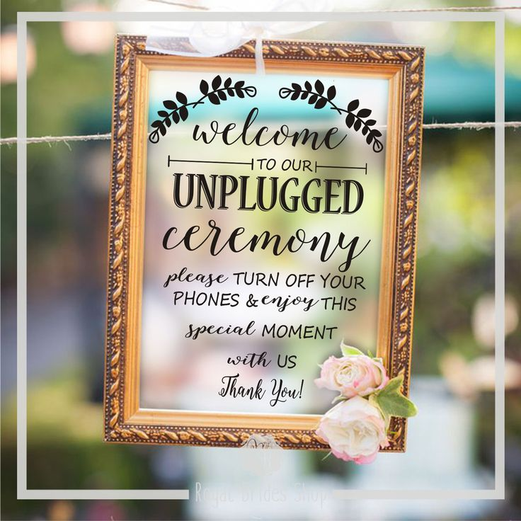 Make a beautiful decoration for your wedding with this custom made decals that you can install the glass of any picture frame or on a chalkboard.