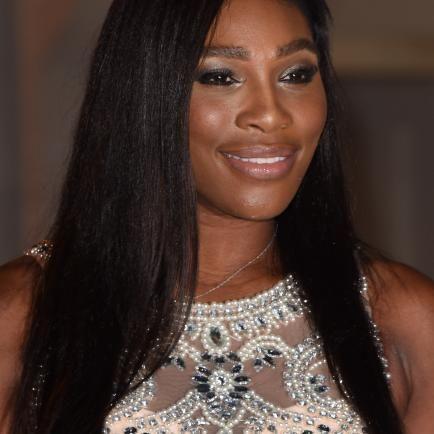 Awww, Serena Williams stuns at Wimbledon' Champions dinner— See Pics - http://www.nollywoodfreaks.com/serena-williams-stuns-at-wimbledon-champions-dinner/
