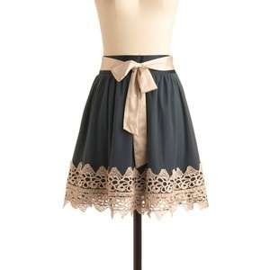 i want to make this. adventuresindressmaking.com mod cloth lace trimmed skirt
