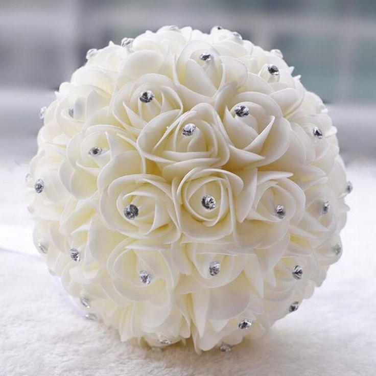 Günstige Kristall Brautstrauß Weiß Elfenbein Künstliche Rose Blume Strass Herz Brautjungfer Hand Blume, Kaufe Qualität Dekorative Blumen & Kränze direkt vom China-Lieferanten: künstliche blumedurchmesser: ca. 20 cm höhe:über 22 cmayment:wir akzeptieren alle arten von zahlung option (