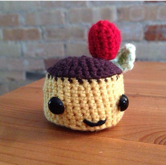 Crochet pudding head