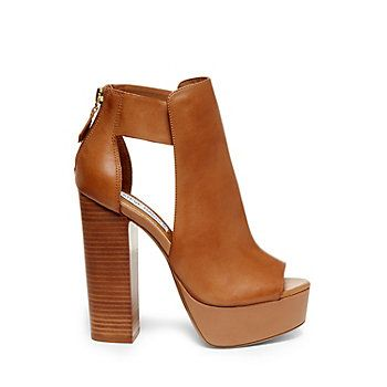 Steve Madden: DEFINIT - Cognac Leather Oh God I want it.