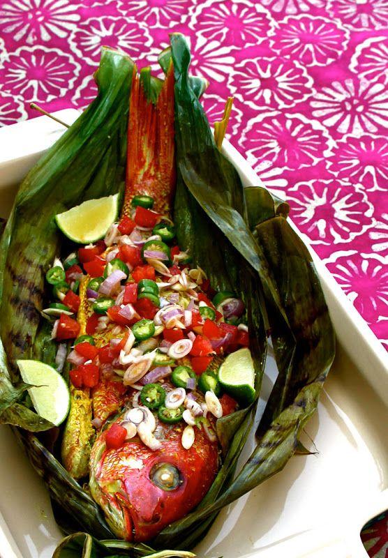 Grilled Red Snapper Wrap In Banana Leaves Serve With Lemongrass Sambal (Ikan Bakar Sambal Sere) - full details→ http://healthysnackrecipesblog.blogspot.com.au/2013/09/grilled-red-snapper-wrap-in-banana.html