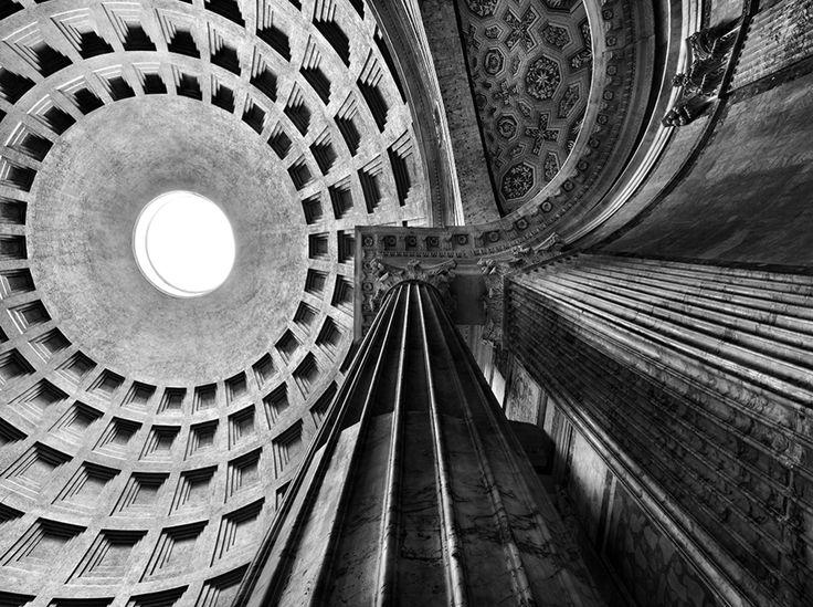 Pantheon. Roma, 2010 © Pino Musi