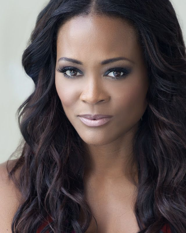 Robin Givens, American stage, TV, & film actress. She is known for her roles on the sitcom Head of the Class and in the film Boomerang. She also acted in A Rage in Harlem, Blankman, The Family That Preys, The Women of Brewster Place, Sparks and The Wiz (uncredited). She was married to Mike Tyson, which drew a lot of media attention as did their divorce the following year, due to his alleged spousal abuse; Tyson in turn alleged alienation and later revealed he caught her in bed with Brad…