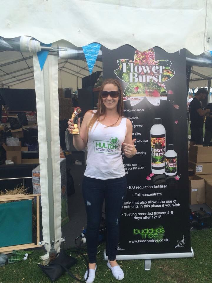 One of the many vendors at the HydroFestival held competitions.  The hardest punch in the hydro industry went to Saffron from Hulton Hydroponics ....Girl Power