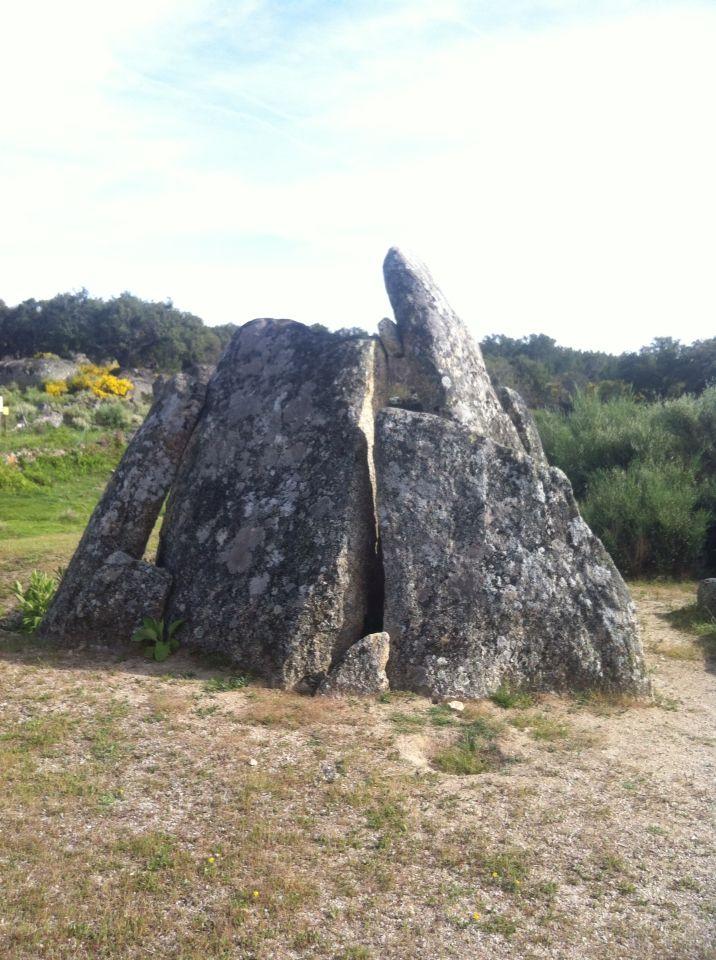 Dolmen Data I. Aceña de la Borrega. Valencia de Alcántara. Extremadura