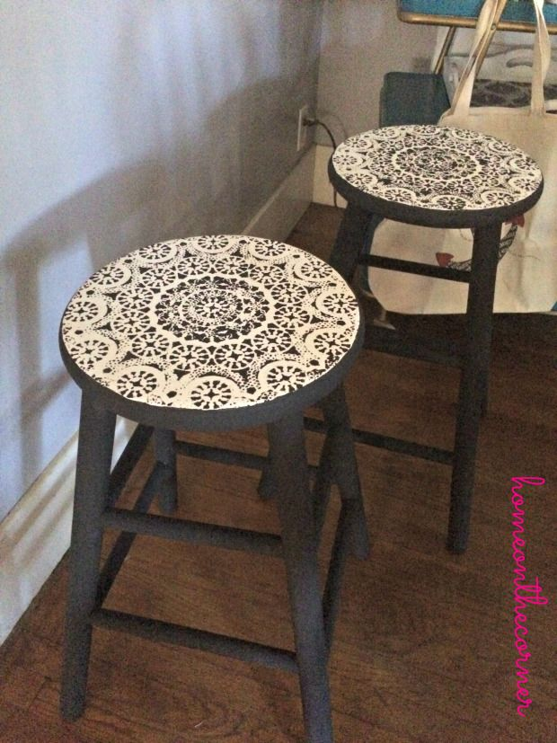 barstools painted and using doily as stencil....lovely!