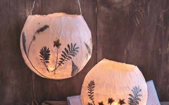 Thema Sint Maarten - Lampion met gedroogde bloemen en bladeren
