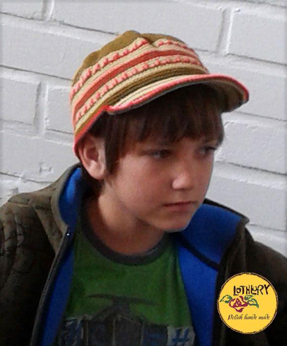 Chłopak w czapce, lothlory