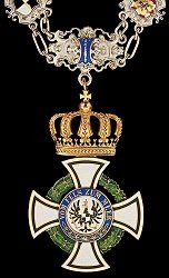 The Royal Hohenzollern House Order, an order of the Prussian ruling family, earned an importance during the First World War.  This is the Royal House Order of Hohenzollern neck collar.