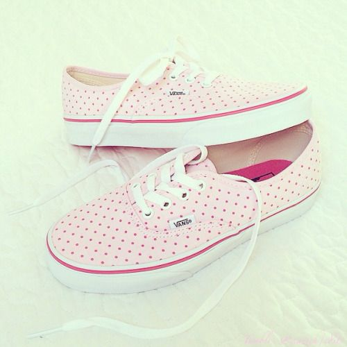 I really dont like pink but these are super cute. I think they'd be real cute in a light baby blue!