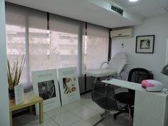 Nuestra cabina de Cuidado de manos y pies - Bellezzia clínicas estéticas…