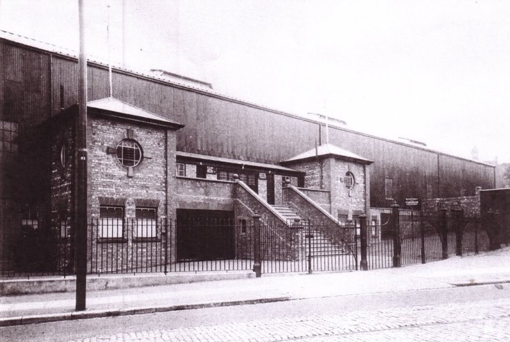 Waterloo Road Stand 1925