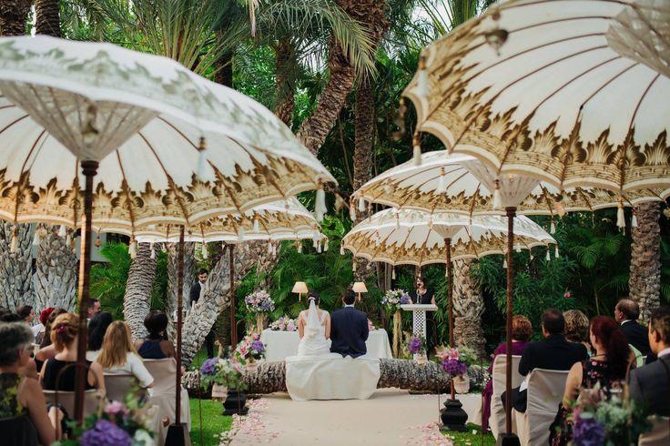La vida son momentos impactantes...💍 El lugar perfecto para celebrar tu enlace, creerás estar en un mundo de fantasía✨ 📷 Ceremonias Eva Reyes #GrupoHuertoDelCura #SesionesDeFotos #HuertodelCura #HotelHuertodelCura #OasisdelMediterraneo #HotelesElche #Elx #Elche #VisitElche #CostaBlanca #Alicante #ProvinciadeAlicante #Relax #Desconexion #Naturaleza #Boda