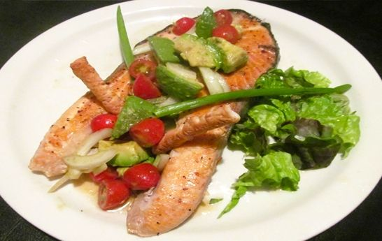 My Tips and Tricks to Cook Salmon - Que Rica Vida