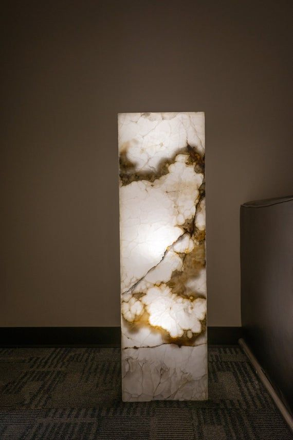 Onyx Lamp From Mexico 39 5 70 Lbs In 2020 70 Lbs Floor Lamp