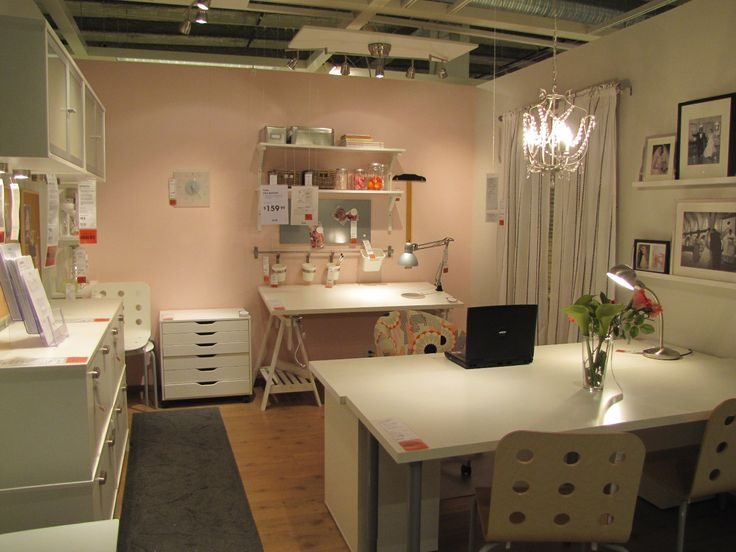 25 best ikea sewing rooms trending ideas on pinterest desks for girls craft rooms and - Small space craft room model ...