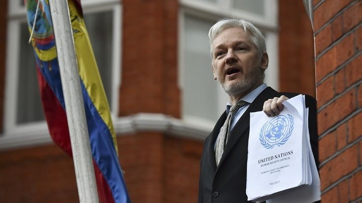 RÉVÉLATIONS  On vous présente la vidéo complète de l'interview du fondateur de WikiLeaks Julian Assange, interrogé en exclusivité par John Pilger, en plus de nouveaux extraits forts sur la guerre en Libye, le terrorisme, ou encore la crise des migrants.