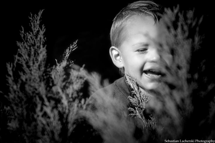 A child in hiding by Sebastian Lacherski on 500px