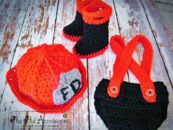Crochet Pattern For Baby Fireman Hat : 1000+ images about Crochet - Hats and photo props on ...