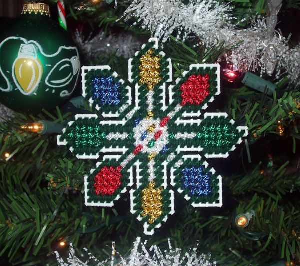 Christmas Lights Snowflake Ornament - Free Pattern Page