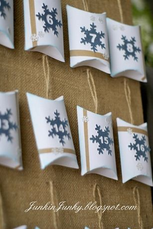 Make these from toilet tissue rolls and burlap   Christmas Countdown at www.junkinjunky.blogspot.com