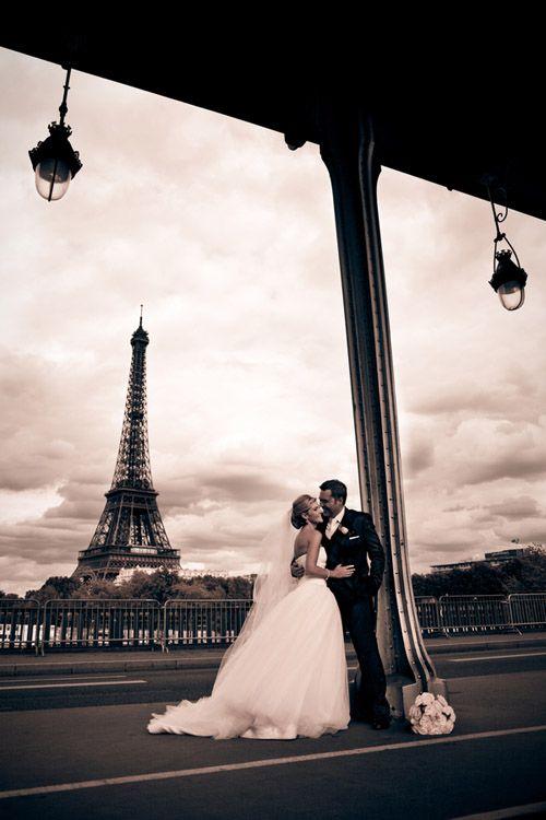 Sesje zagraniczne - Pryż| Sainte Germain Paris Wedding at Basilica of Sainte Clotilde - Suzanne and Paul - Junebug's Wedding Blog - Celebrating the Best in Wedding Style, Fashion, Photography and Decor