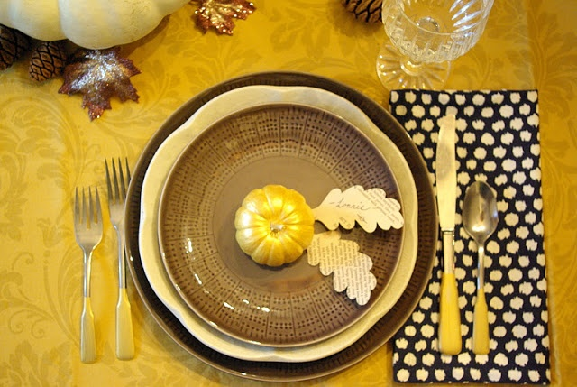 Thanksgiving Table Setting: Navy and Gold