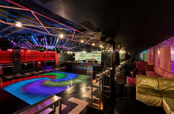 SORTIES | Réouverture du club Electric Avenue Groove des années 80 et 90 http://zurbaines.com/fr/sorties/club-electric-avenue/