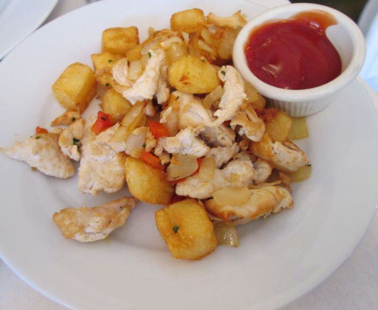 {New} Delicious Chicken Hash adventure, thanks to Lisa Johnson at Beacon Hill Hotel & Bistro in Boston! #50Cities50Hashes