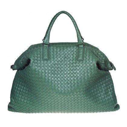 Bottega Veneta Aubergine Exclusive price on wear2go >> http://www.wear2go.com/it/donna/borse?manufacturer=239