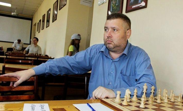 Kharlov, Andrei